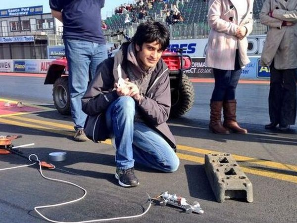 Samvir-Thandi-world-record-breaking-model-rocket-car